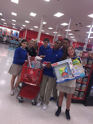 Montgomery Catholic's Middle School Help Serve those in Need this Christmas 1