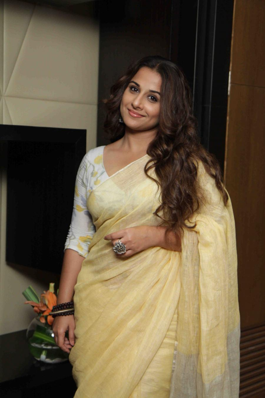 Vidya Balan Hot Looking Photos In Yellow Saree