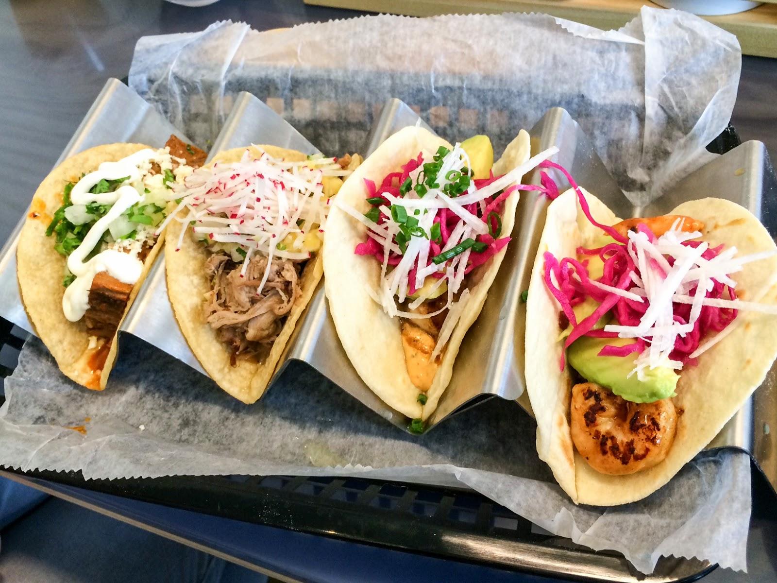 Buena Onda Tacos - Tacos