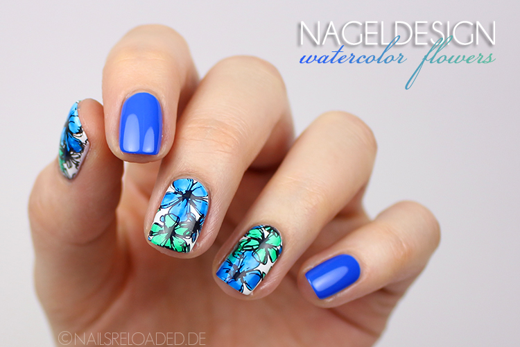 Zum Artikel: Nageldesign - watercolor flowers