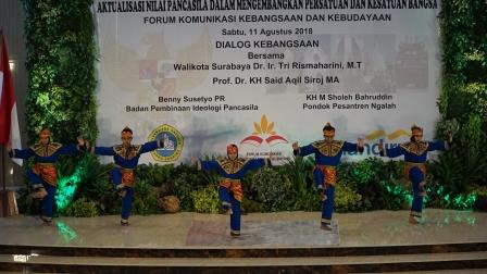 Pagar Nusa Antraksi di Darma Cendika Surabaya