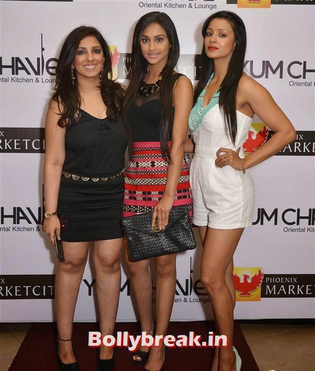 Munisha Khatwani, Crystal D'Souza and Barkha Bisht, Crystal, Mouli & Mouni  at Easter Celebrations