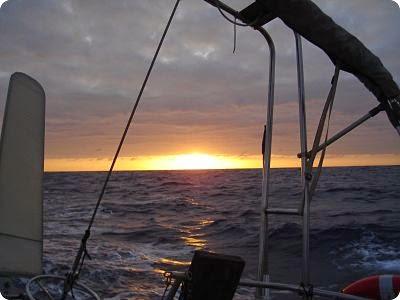 vida a bordo, amanecer
