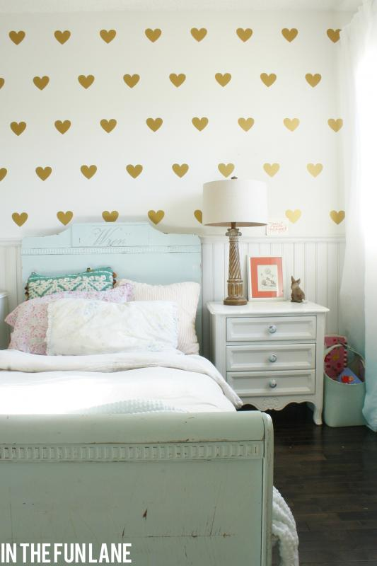 Little Lovables Inspired Room Lovely Diy Golden Heart