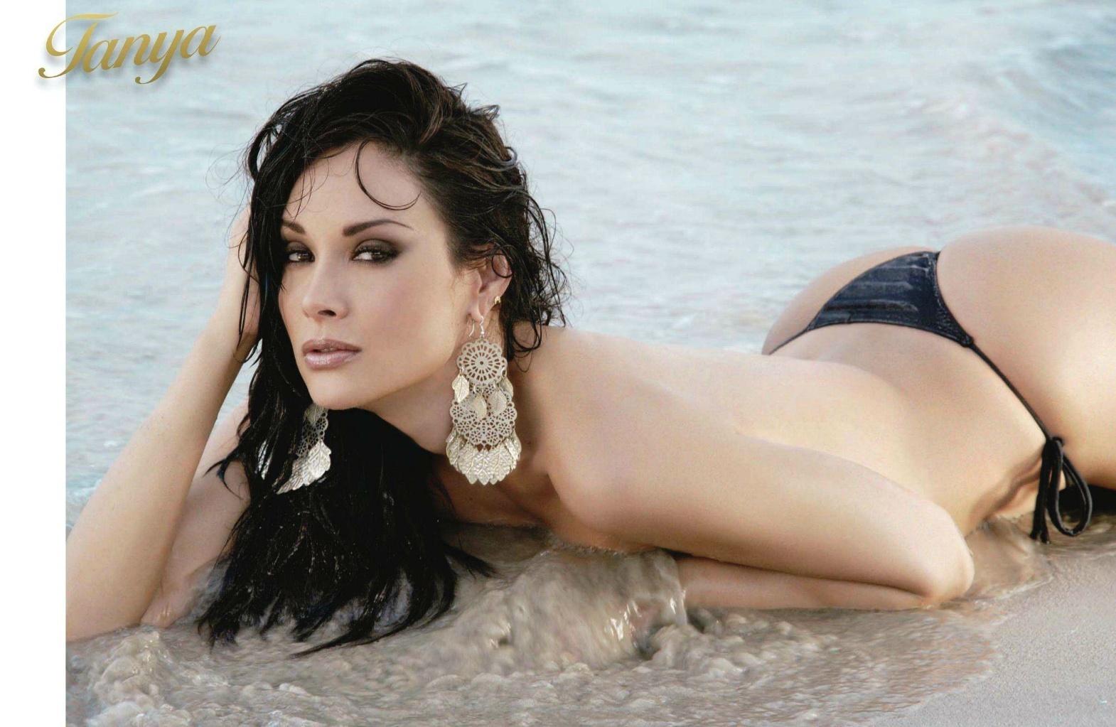 Tanya Vasquez Nude 82