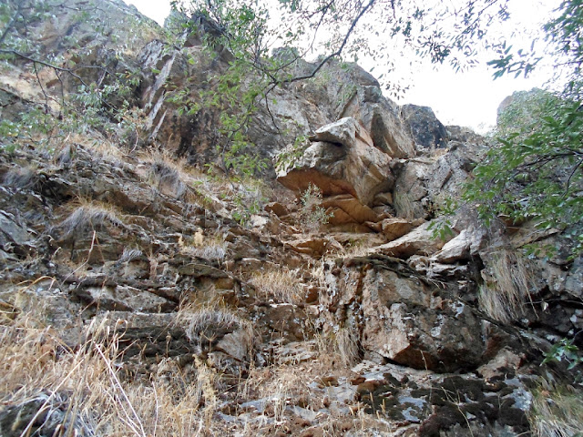 Ущелье на 22 километре, Варзоб, горы Таджикистана - фото-обзор похода