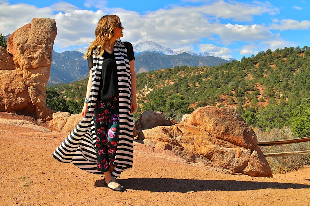 floral pants, anthropologie floral, garden of the gods, riffraff, shop riffraff, show me your mumu, button-up dress, black and white stripe dress, colorado, fall floral pants, what to wear in the fall, how to wear floral pants
