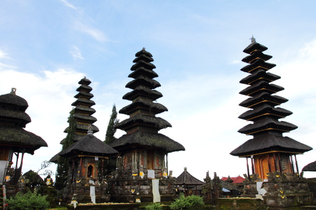 The tiered roofs of Bali's Pura Ulan Danu Batur Temple