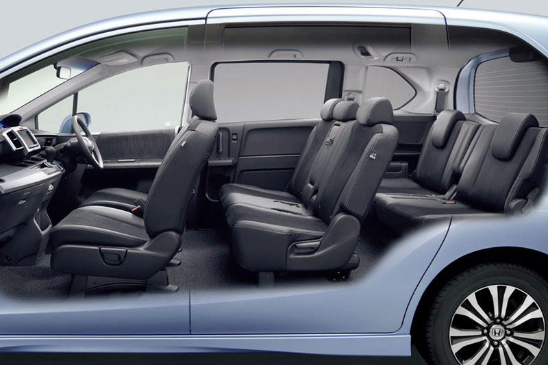 Freed Hybrid 6 Seater And 7 Now Has Two Seats In The Third Row Seat To Ensure Enough E For Both Pengers Cvt Transmission Minivan Sold From