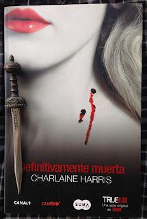 Portada del libro Definitivamente muerta, de Charlaine Harris