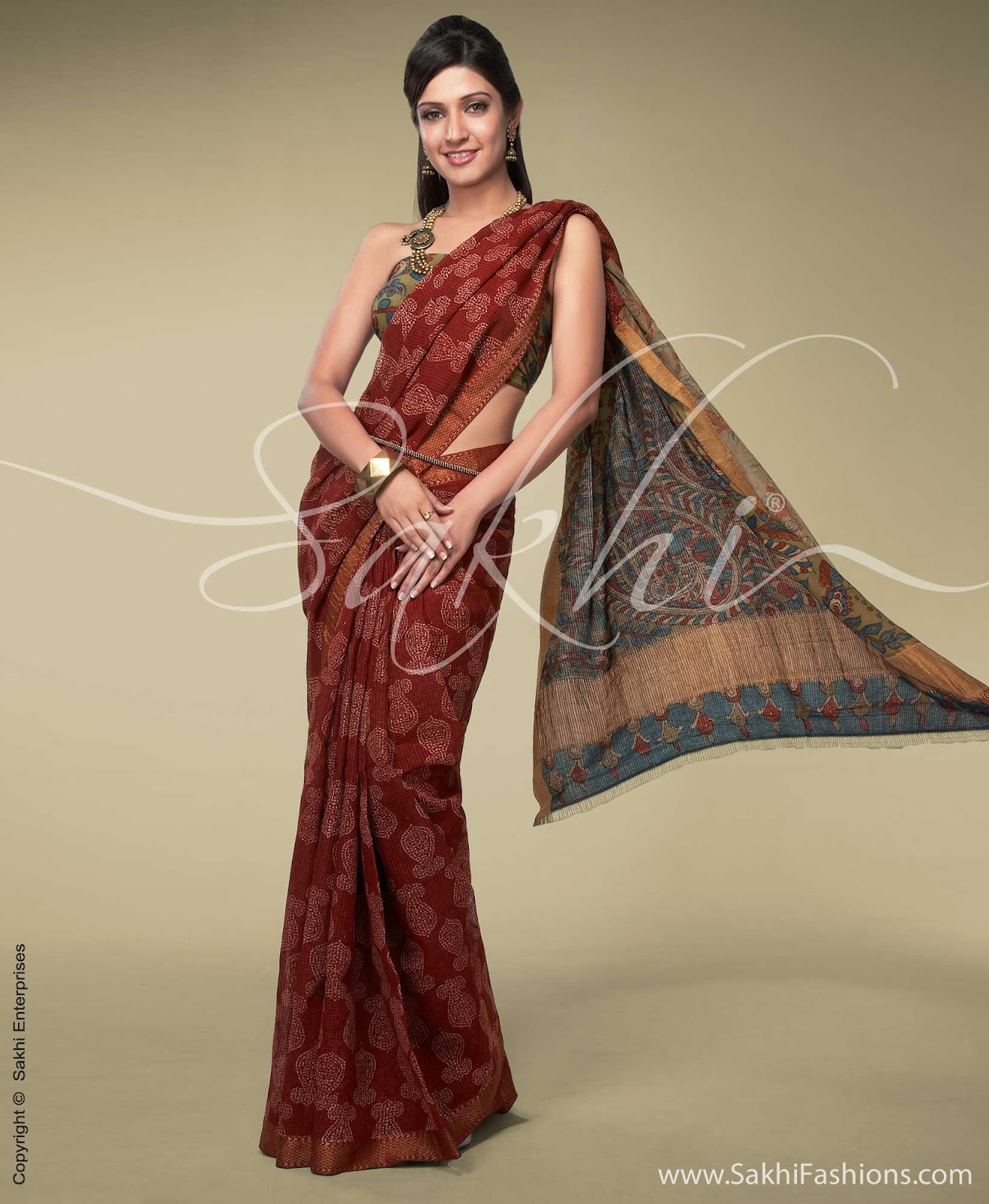 Indian Jewellery and Clothing: Designer sarees from Sakhi ...