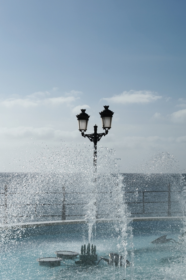 Blog + Fotografie by it's me! - Reisen - La Isla Blanca Ibiza, Santa Eularia - Fontänen im Springbrunnen