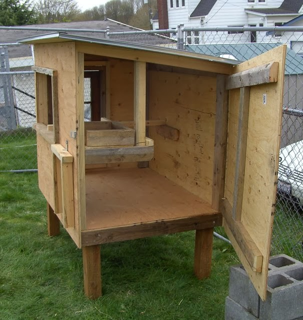 34 Free Chicken Coop Plans Ideas That You Can Build On: Chicken House Plans: Get The Best Chicken Coop Plans Available