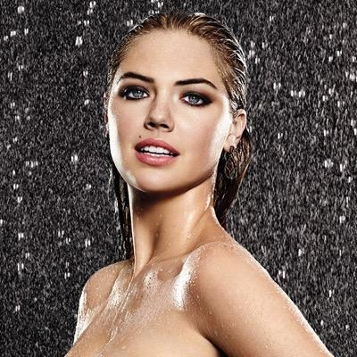 kate-upton-in-rain-photo