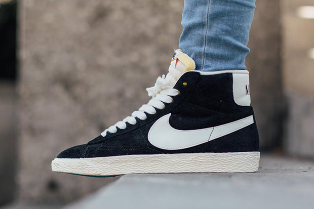 Classic Canvas Nike Shoes