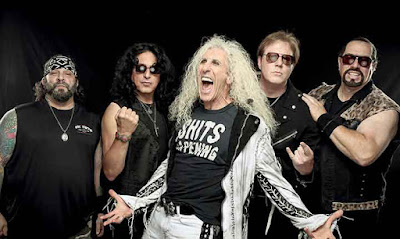 Twisted Sister... at the end