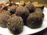 Photos recette des truffes au cacao sur le blog de recettes de cuisine sans gluten sans caséine et sans sucre