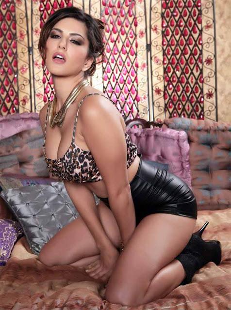 Sexy Sunny Leone is rocking this black bikini