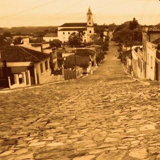 Rua da Ladeira e Igreja Matriz de Rio Pardo