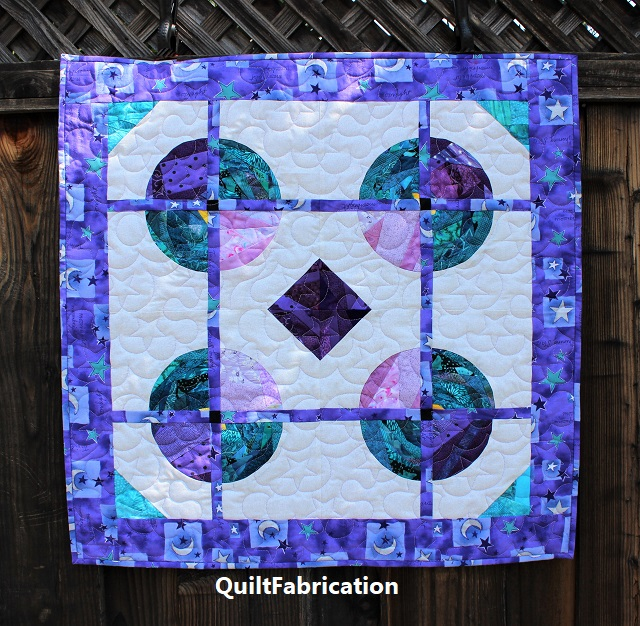 Saxon circle quilt by QuiltFabrication