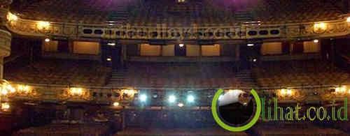 Theatre Royal Drury Lane di Kota London, Inggris