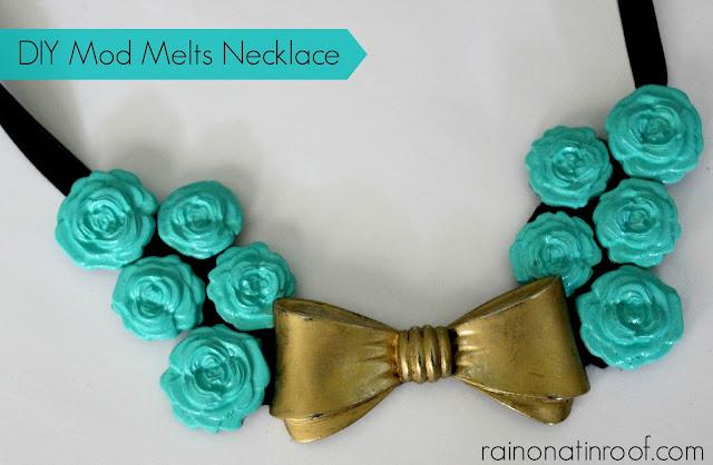 DIY Mod Melts Necklace {rainonatinroof.com} #DIY #necklace #modmelts