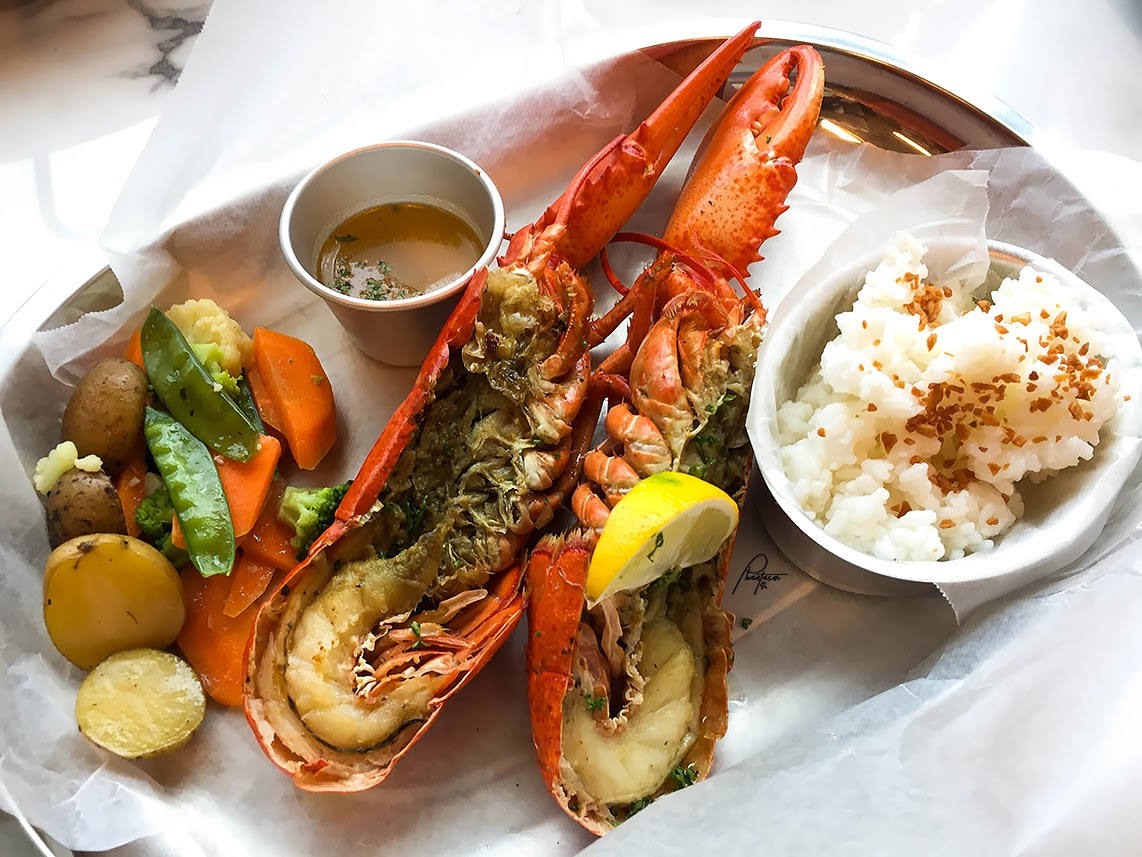 At Catch Of The Day By Cold Storage You Can Simply Choose Your Favorite Seafood And They Will Cook It For Then A Side Dish That