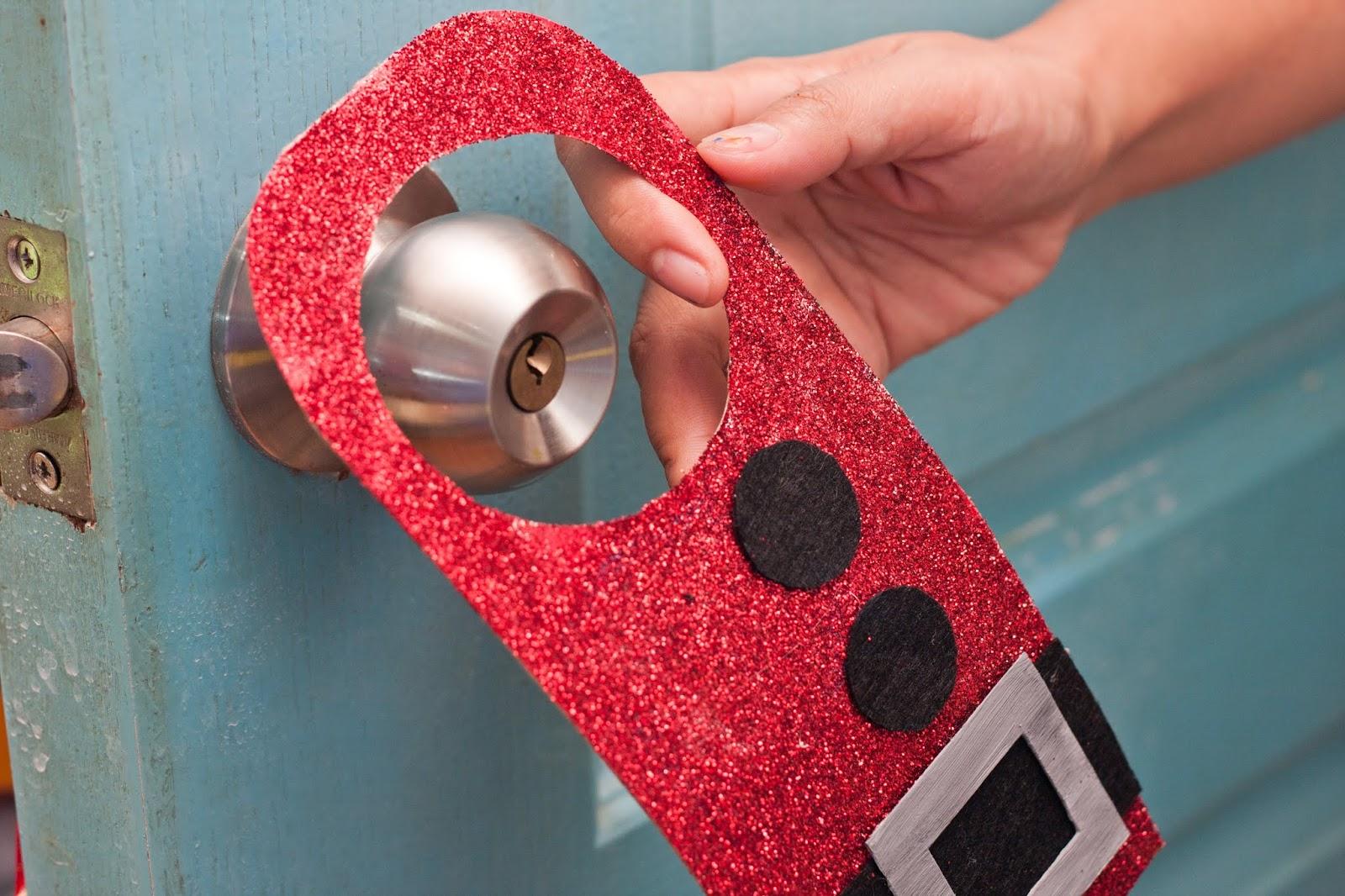 Christmas door hanger crafts