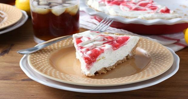 Strawberry Lemonade Iced Tea Pie Recipe