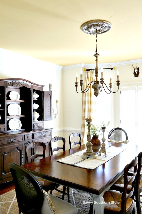 french country style dining room