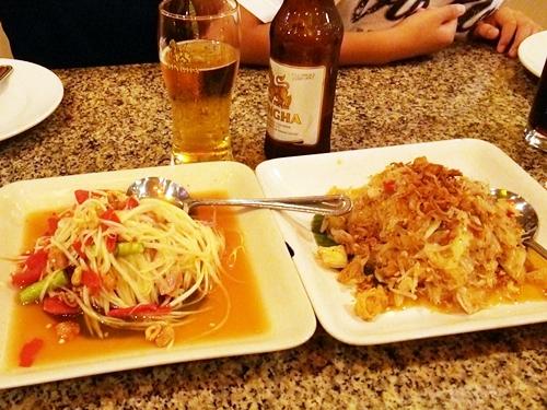 コンベント通りのブアレストラン☆タイ料理