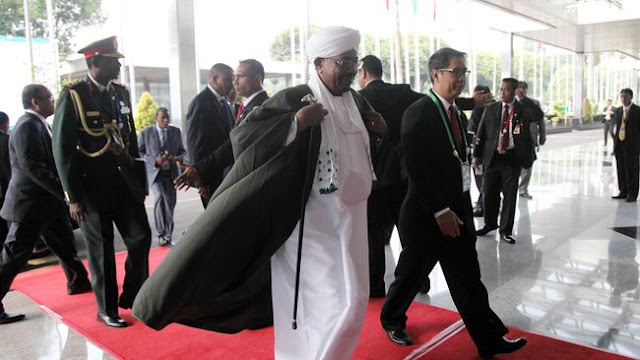 Mengapa Amerika Serikat Protes Kehadiran Presiden Sudan di OKI