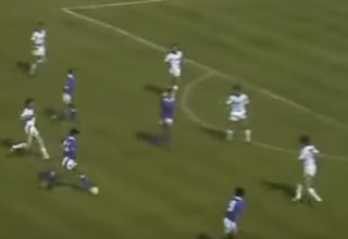 الكويتى فيصل الدخيل أول لاعب عربى آسيوى يسجل هدفاً فى المونديال