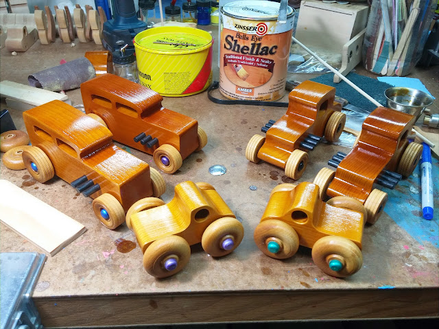 20170720_210615 Wooden toy cars & Trucks - Play Pal Monster Trucks - Hot Rod Freaky Fords - Ford 32 For Sedan - 32 Ford Coupe Garage Shop Workbench