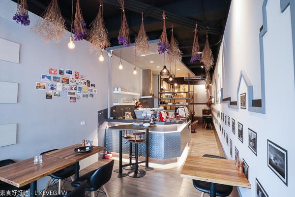 台中南屯13號月台咖啡|蔬食咖啡館環境舒適,品嚐特別的甜筒咖啡