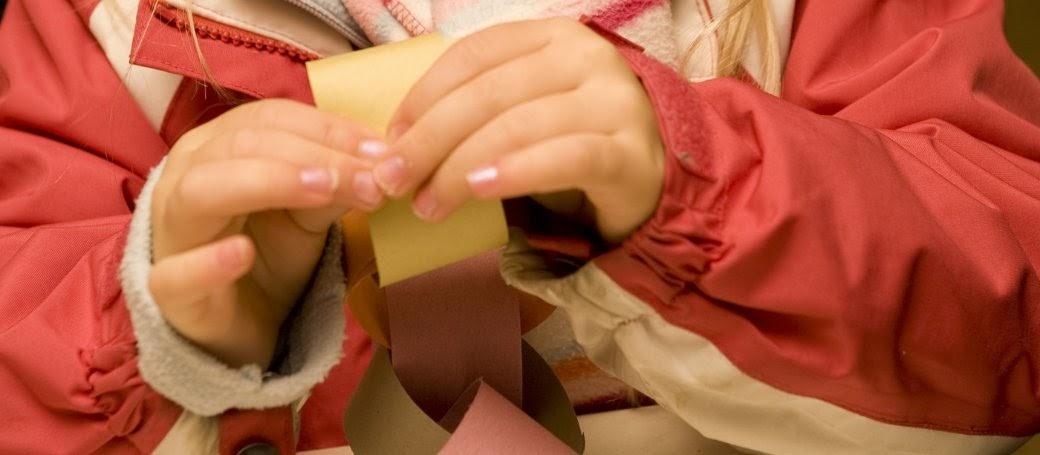 Make Paper Chains 10 Christmas Activities for Kids