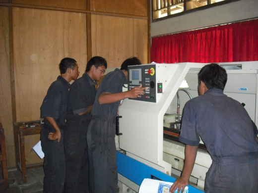 lập trình máy tiện cnc