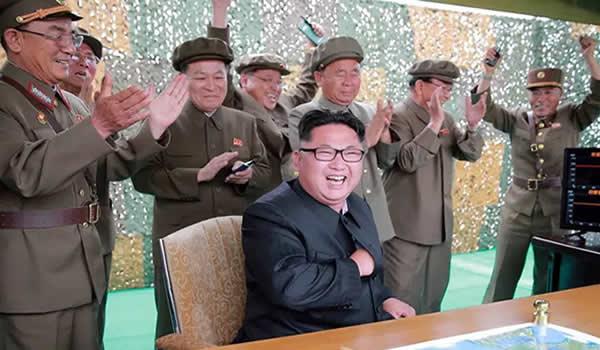 Crackers da Coreia do Norte roubam bitcoins e empresa sul-coreana declara falência