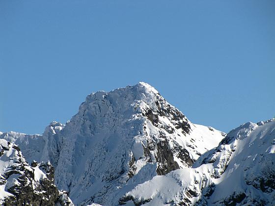 Kozi Wierch (słow. Kozí vrch, 2291 m n.p. Jest najwyższą górą znajdującą się w całości na terenie Polski.