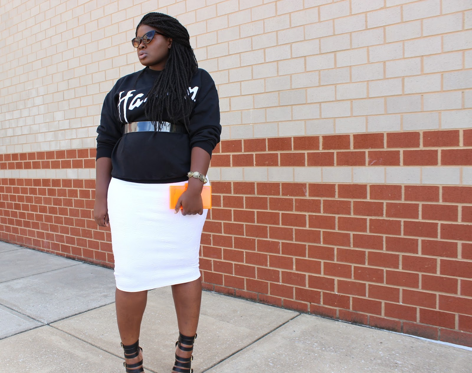 How to dress up a sweatshirt, plussize
