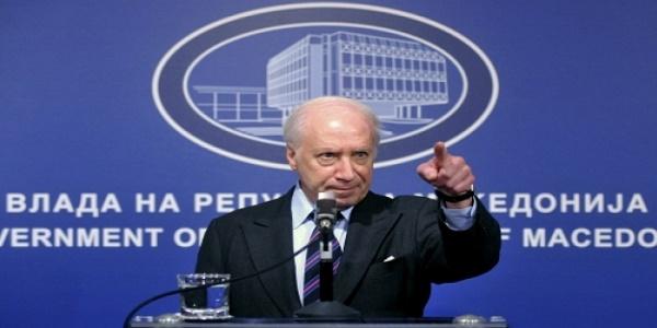 «Δημοκρατία της Μακεδονίας» έναντι... μελλοντικών δεσμεύσεων προωθεί ο Nimetz
