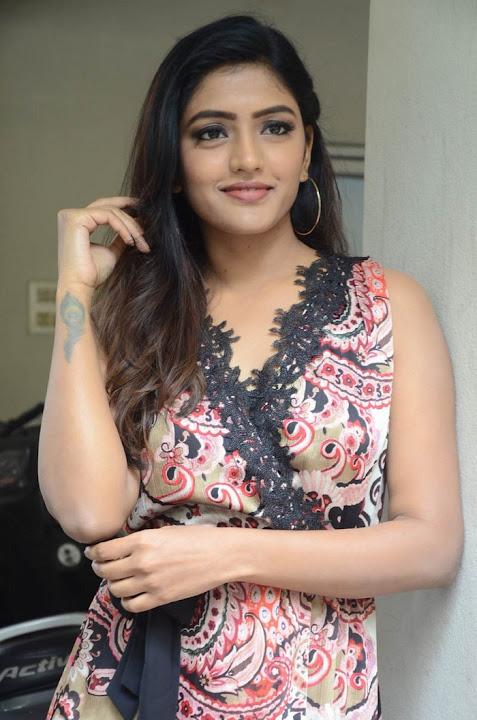 Eesha Rebba Looks Super Cute from nd Babu Movie Press Meet
