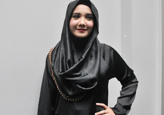 Kabar, artis, tokoh, Zaskia Sungkar, irwansyah, film, tobat