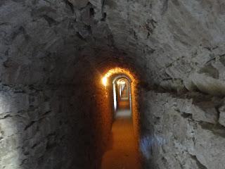 Assis Itália dentro da Rocca Maggiore