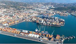 Se Genova collassa, nei guai tutto il sistema portuale ligure