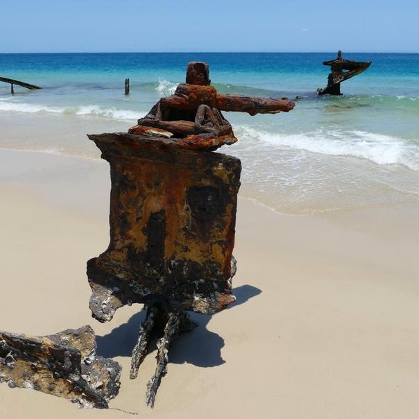 Bulwer Wrecks Schiffs-Wracks Rost Strand Moreton Island