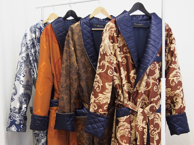 mens luxury quilted paisley silk dressing gown full length extra long warm