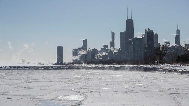 «Πάγωσαν» στους -50 βαθμούς η Νέα Υόρκη και το Σικάγο (βίντεο)