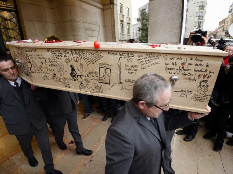 Tignous casket