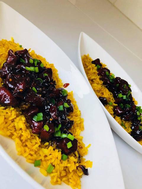 Przepisy kulinarne ryz smazony z warzywami w sosie miodowym chilli